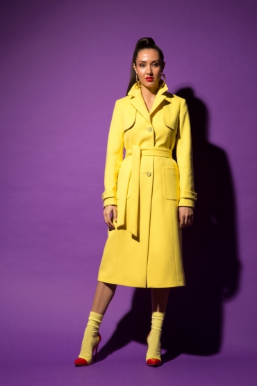 Пальто-плащ URA лимонное