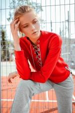 Свитшот URA со шнуровкой красный